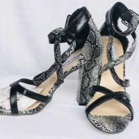 Chaussures pointure 37-38